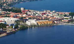 Aerial_view_of_Jönköping_University_Sweden-300x180